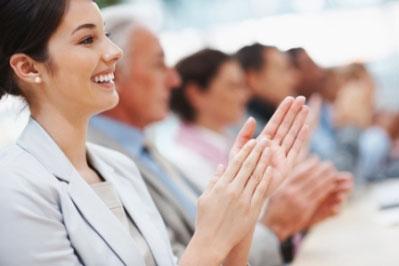 komunikasi bisnis yang membantu sukses usaha